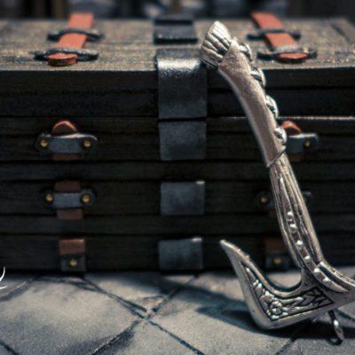 dawnguard axe pewter pendant