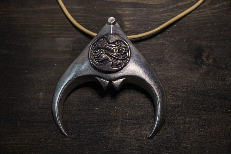 Goblin King Jareth Labyrinth Amulet Folkenstal Props